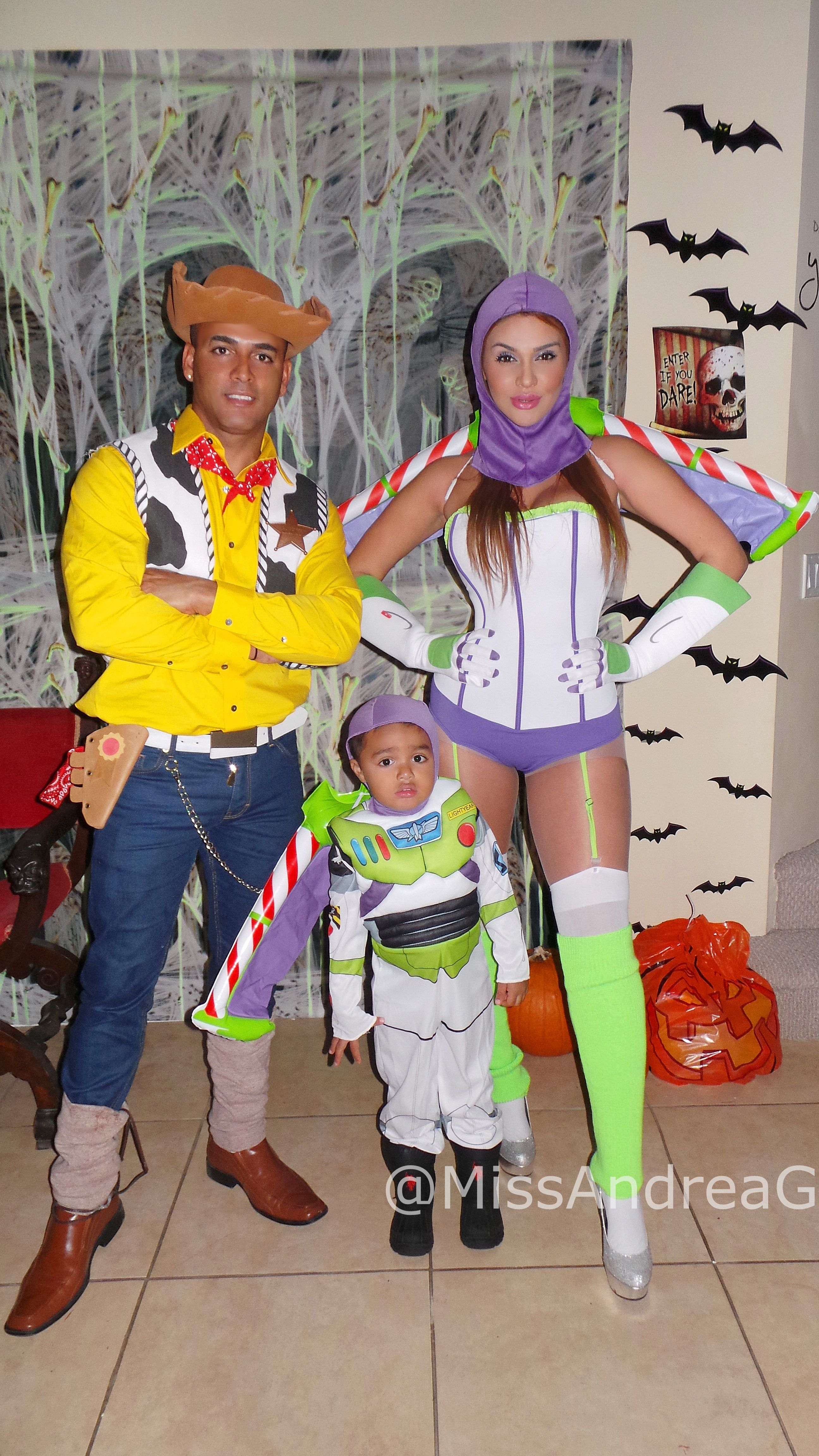 halloween family costume disney pixar toy story buzz lightyear woody instagram missandreag