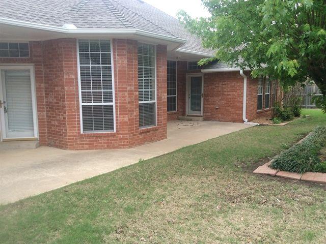 Home For Rent 1 999 7300 Northwest 111th Street Oklahoma City Ok 73162 Renting A House Rental Property Home Com
