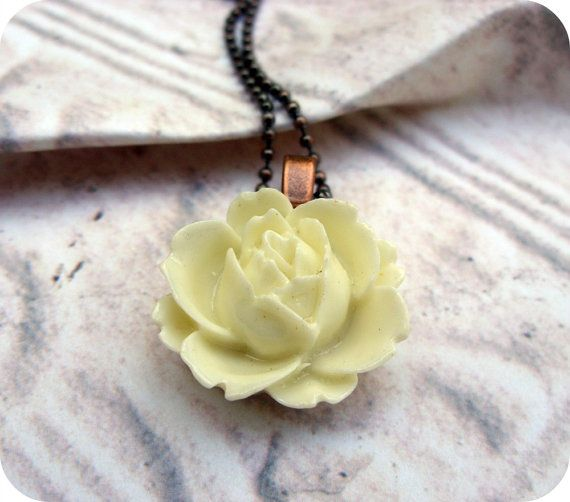 White Rose Necklace  Vintage Style Resin Flower by Lizabettas, $10.00  FREE SHIPPING WORLDWIDE!
