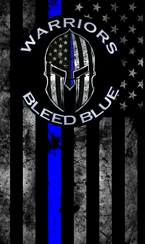 Ce Casque Dnas La Croix Pompier Pas De Flag Mais Garder La Ligne Bleue Police Police Tattoo Police Flag