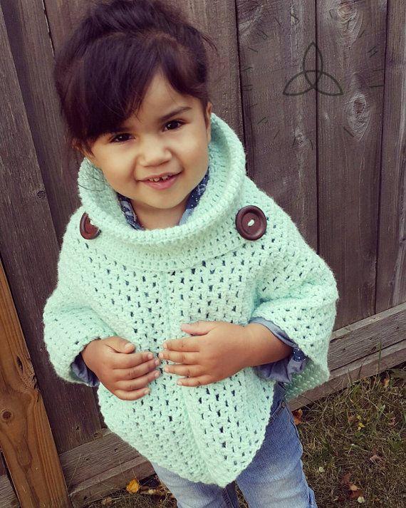 Facile Crochet PATTERN Poncho col de par SerendipityasAlways   Bebe ...