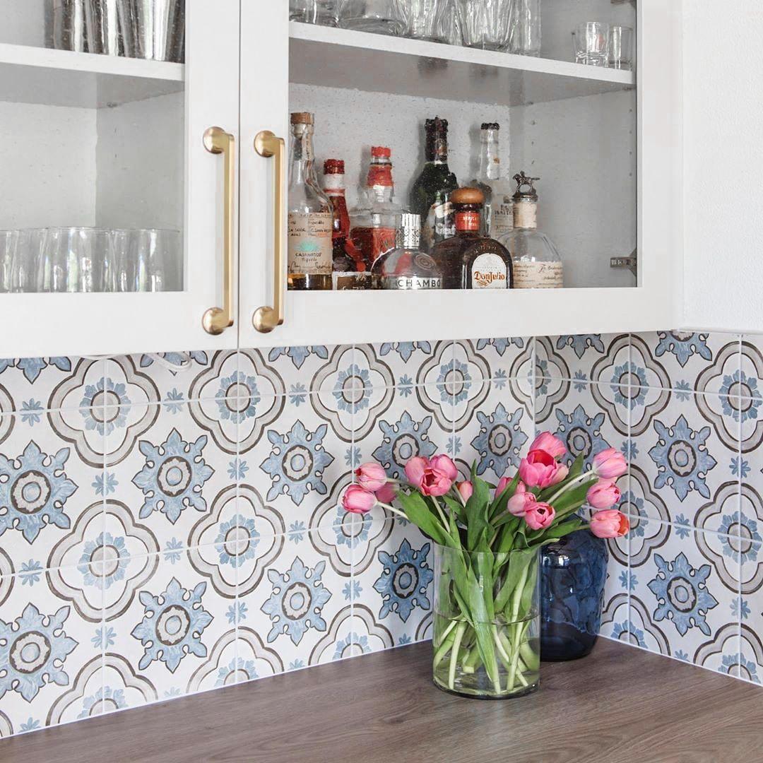 8x8 White Floor Tile