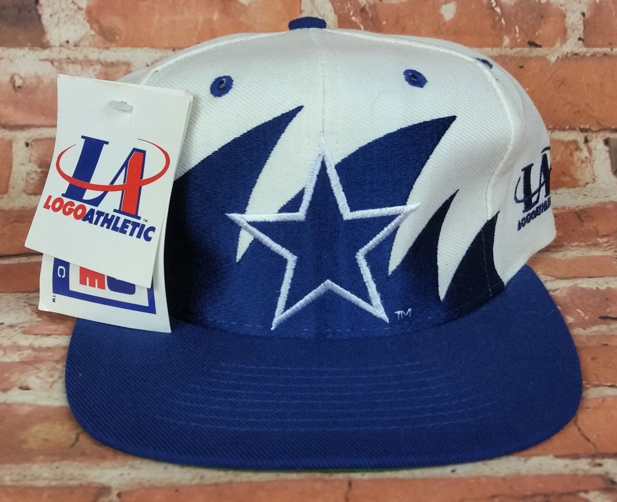 96e27c334530e7 Dallas Cowboys Vintage Snapback Logo Athletic Sharktooth Hat NHL Rare Pro  Line Vintage-Kings.