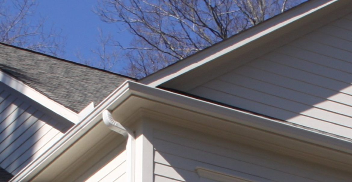 Best Pin By Melissa On House Roofing Leaking Roof Roofer 400 x 300