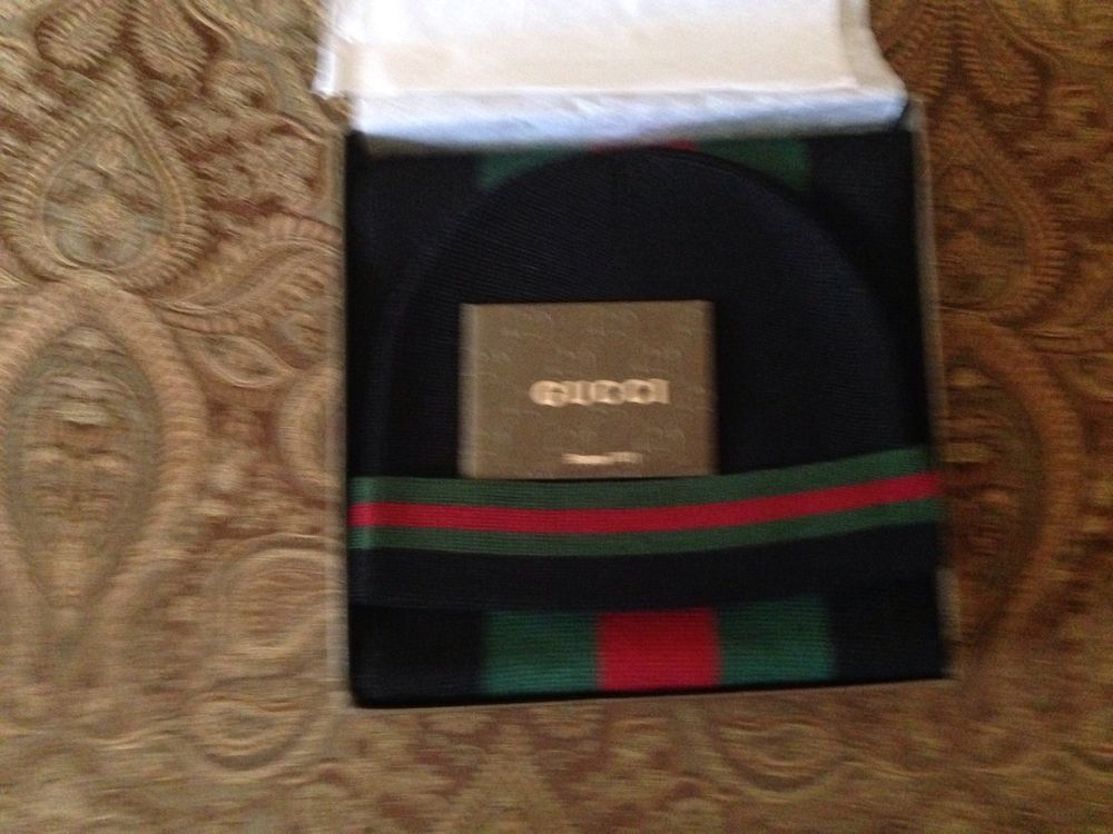 47e85f315a220 Gucci Scarf   Hat set in Box. Black green Red New with Tags. Size XL  Gucci   Headscarf