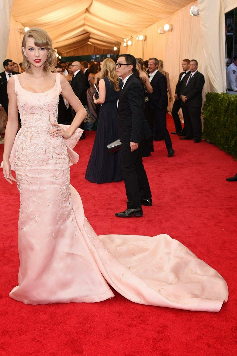 Red wedding dress meaning  Met Gala  Dresses  Fashionus Biggest Stars  Taylor swift