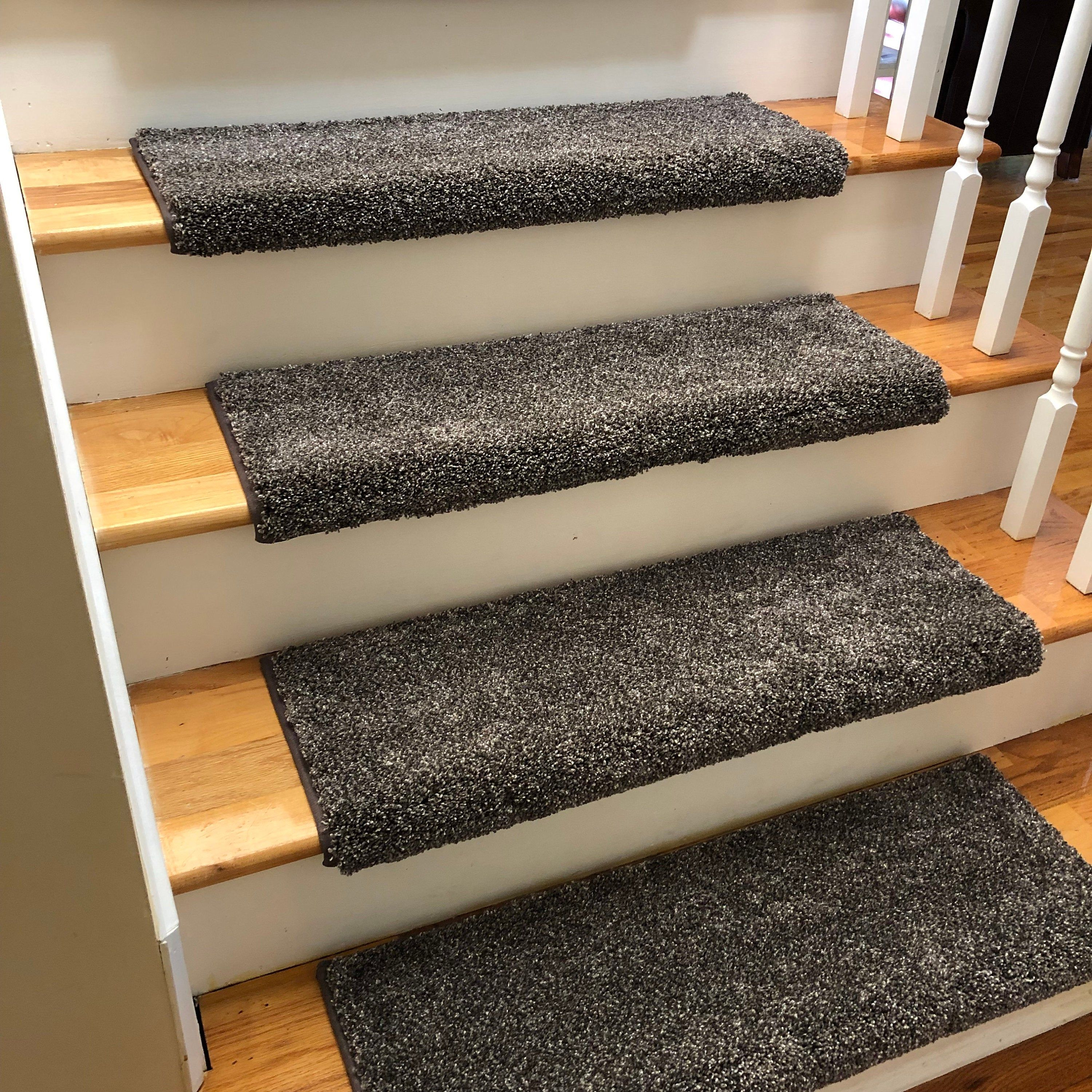 Best Broadway Cats True Bullnose™ Shaw Plush Padded Carpet Stair Tread For Safety Comfort Dog Cat 400 x 300