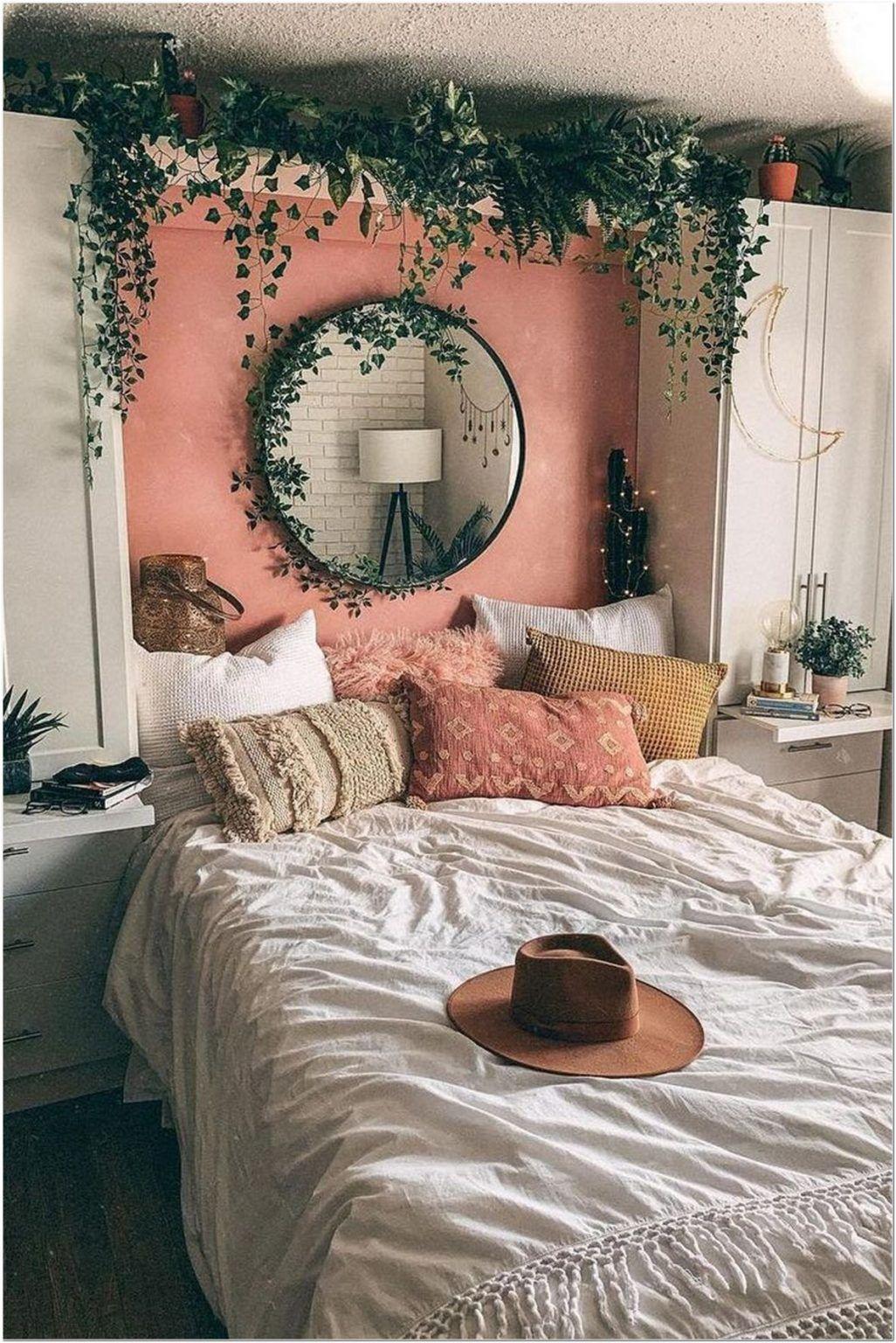 78 Modern Bohemian Bedroom Decor Ideas 8 In 2020 Cool Dorm Rooms Aesthetic Bedroom Room Inspo