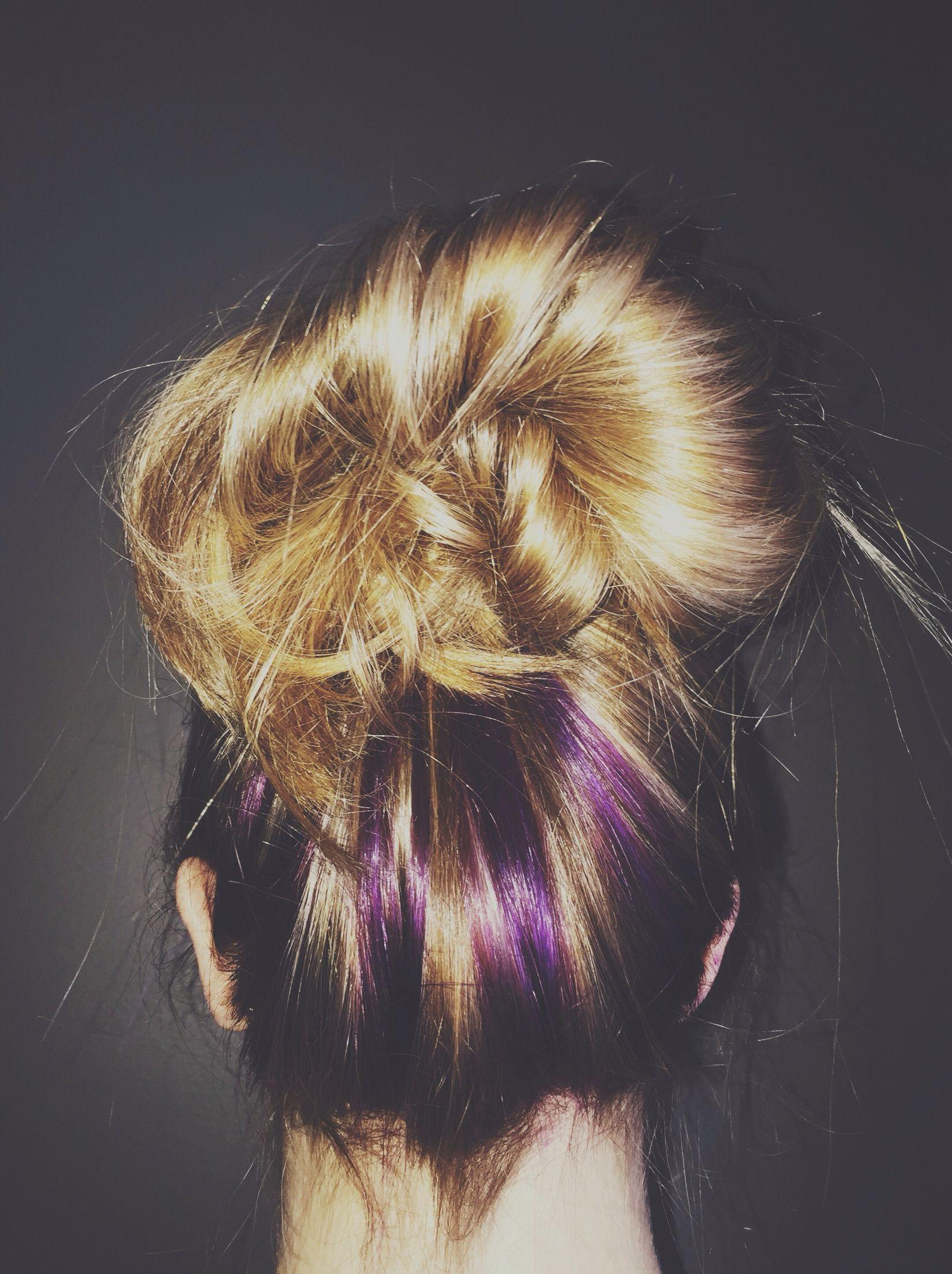 blonde with purple under highlights