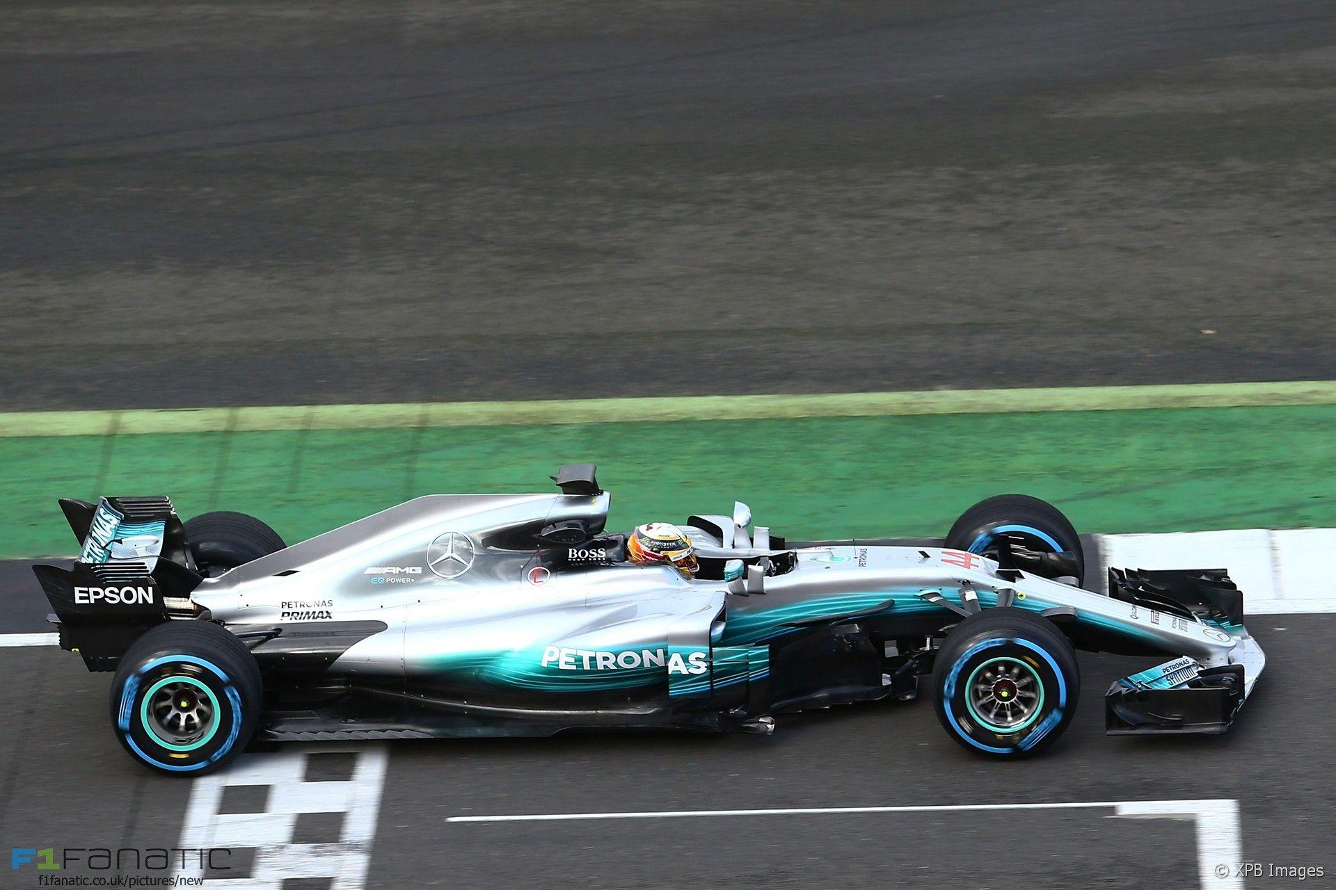 Circuito De Silverstone : Mercedes inova e apresenta carro de 2017 em vídeo 360° e quase sem