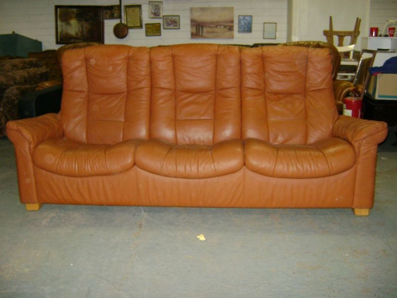 light brown 3 seater leather reclining couch in cork