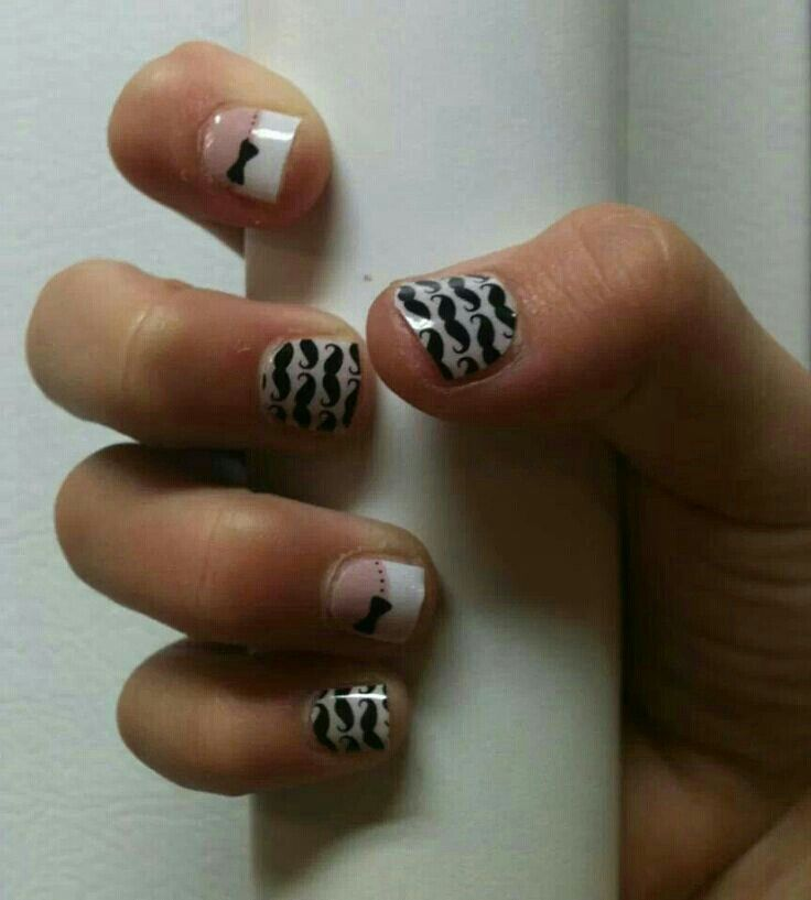 Super cute. Jamberry nails, so easy! French tip bows and Mo Mo ...