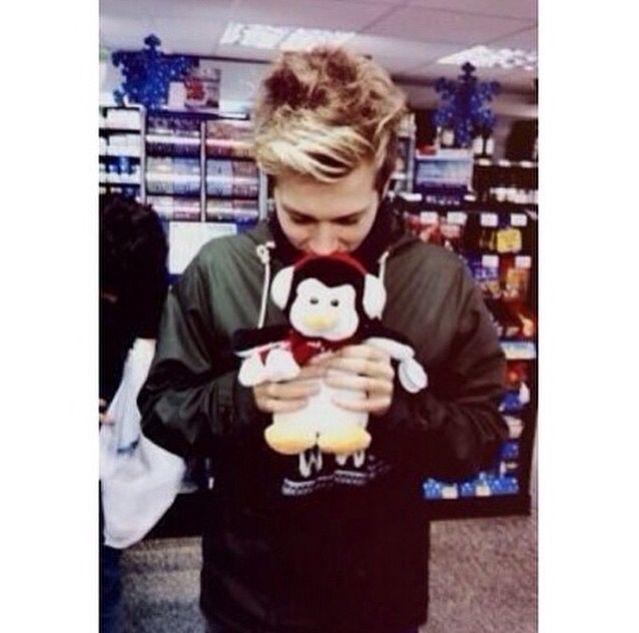 Luke is so cutee