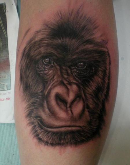 gorilla tattoo meaning realistic gorilla tattoos animal tattoos pinterest gorilla tattoo. Black Bedroom Furniture Sets. Home Design Ideas