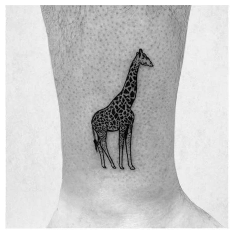 Another one for @cm52muz . Loved doing this. More animals please ????....#giraffe #giraffetattoo #inkspringtattoos #inkboxlove #inkmagazine #inkoo #inked #realisticink #skinart #tttism #tattooselection #d_world_of_ink #tattoo_art_worldwide #btattooing #tattoo_artwork #tattoosocial #tattoolovershop #ownagendatattoo #tattoolifemagazine #blxckink #tattooidea #tinytattoo #tattoostyle #tattooist #tattooart #tattoolife #tattooshop #cutetattoo #glasgow #scotland   Artist: @happyaswecanbe