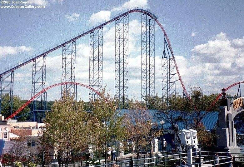Bizarro Six Flags New England Agawam Massachusetts Usa Agawam Roller Coaster New England