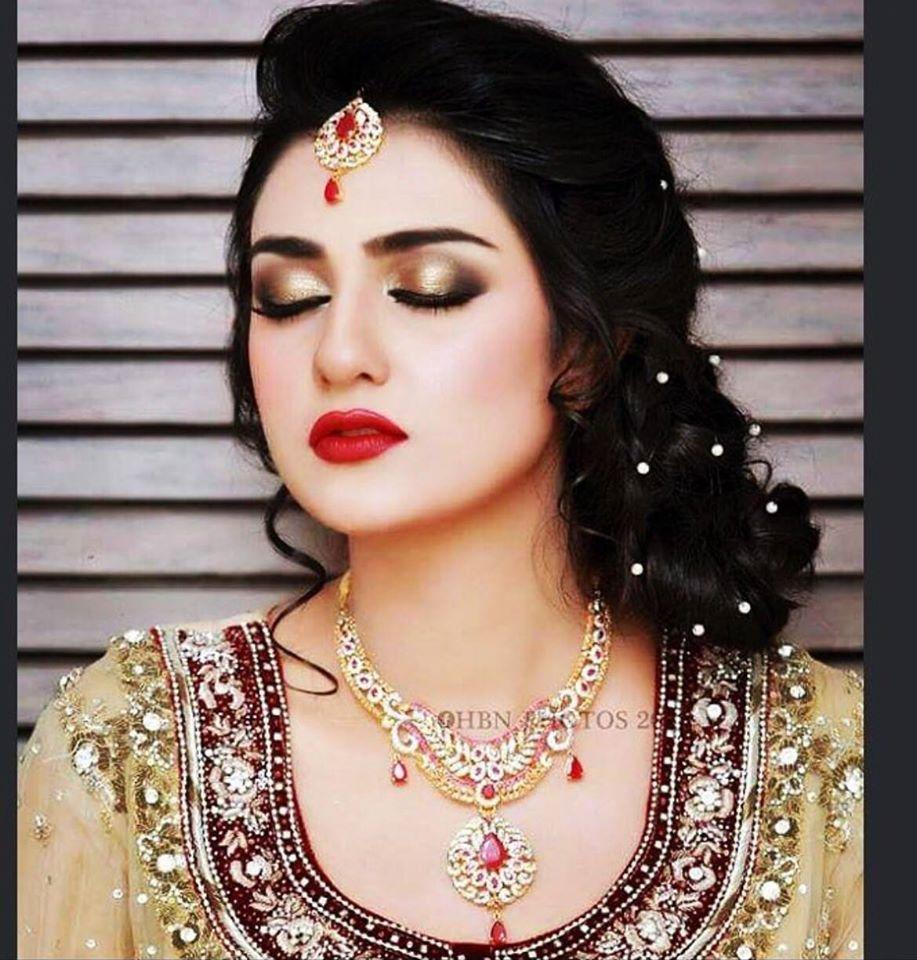 Pakistani Actress Hairstyles: #pakistanimodels #pakistanicelebrities #fashionmodels Www