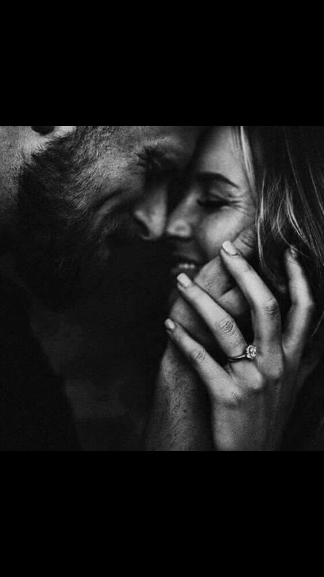 Couple Photography l Engagement Photoshoot