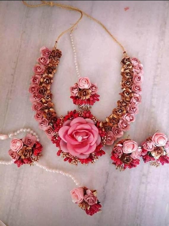 Pink And Rose Flowers Gottapati Jwellery Set Necklace Earrings Mangtika And Bangles Flower Jewellery For Mehndi Flower Jewelry Diy Flower Jewellery For Haldi