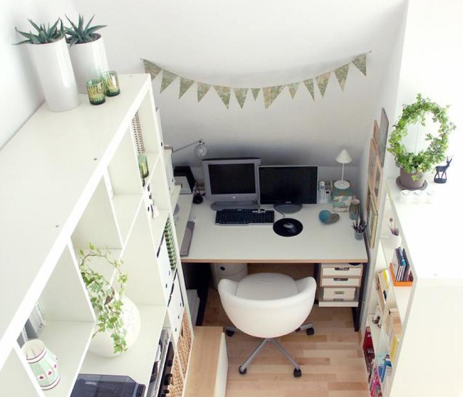 O home office pequeno pede ideias criativas e muito aproveitamento de espaço. Então vem ver essas dicas para otimizar o seu escritório em casa!