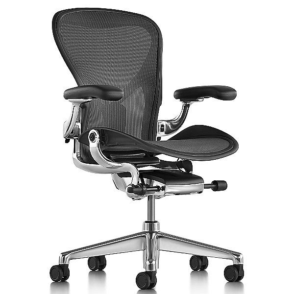 Aeron Office Chair Size C Graphite In 2020 Office Chair Herman Miller Aeron Office Chair