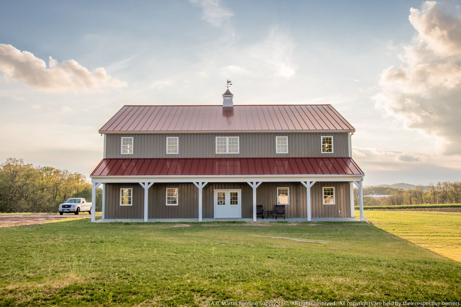 View our photo gallery of garages, horse barns, commercial buildings, ag buildings, and remodeled buildings that use A.B. Martin building materials.