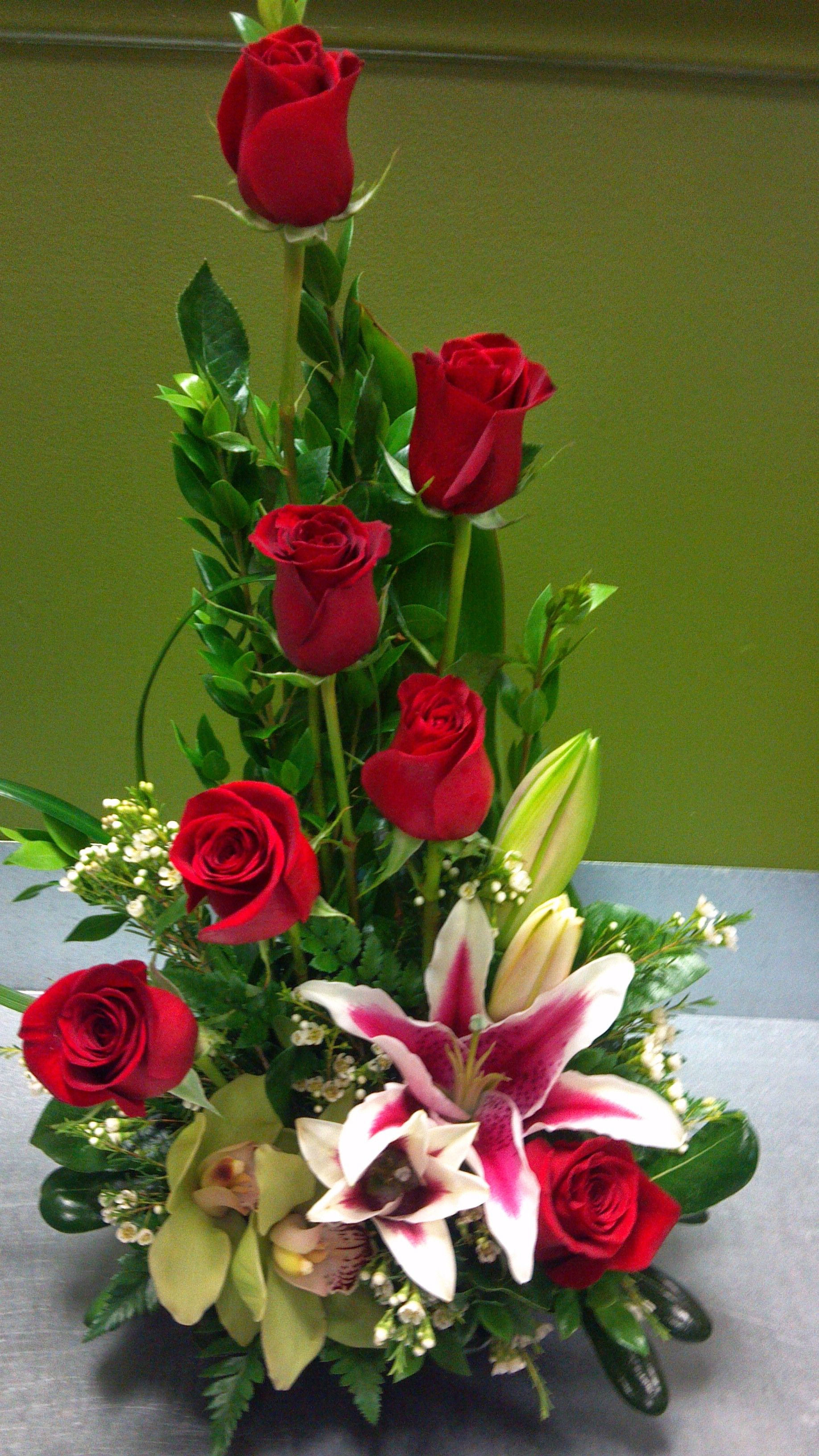 7 red roses Arreglosflorales Arreglos florales