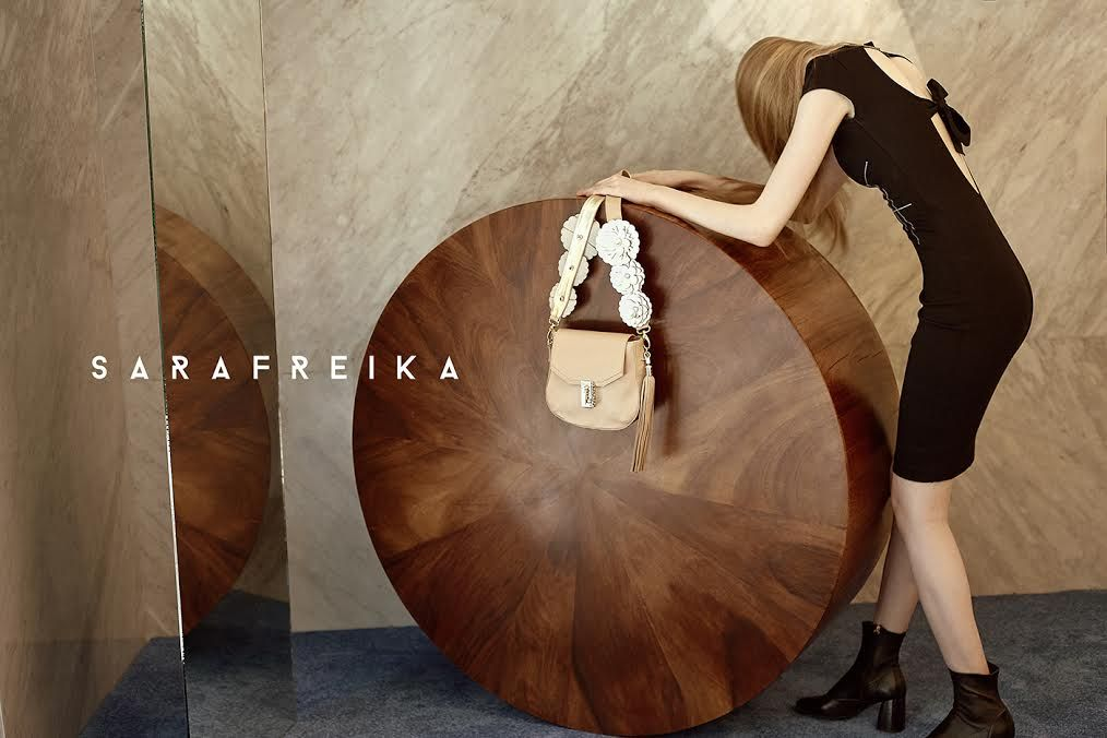 Campaign for our Fall/Winter 2017/2018 Collection. #SARAFREIKA #Bag #Editorial. ................................................................................................................ Campaña para nuestra colección de otoño/invierno 2017/2018.