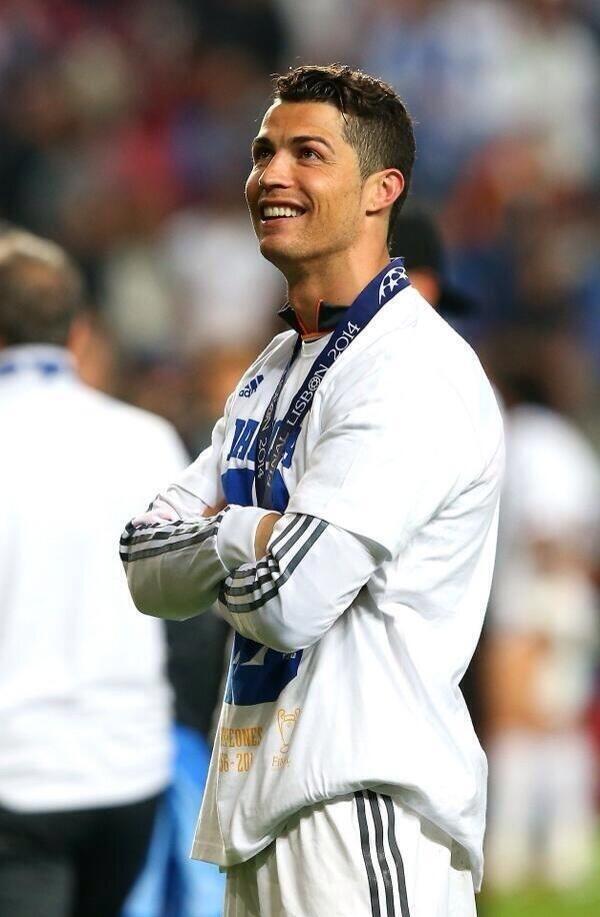 Cristiano Ronaldo On Cristiano Ronaldo 7 Pinterest Ronaldo