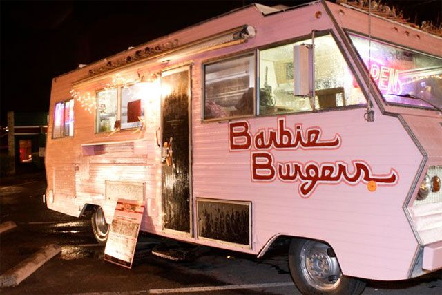 Food Trucks: Get the Skinny on Wedding Day Catering - Wedding Party