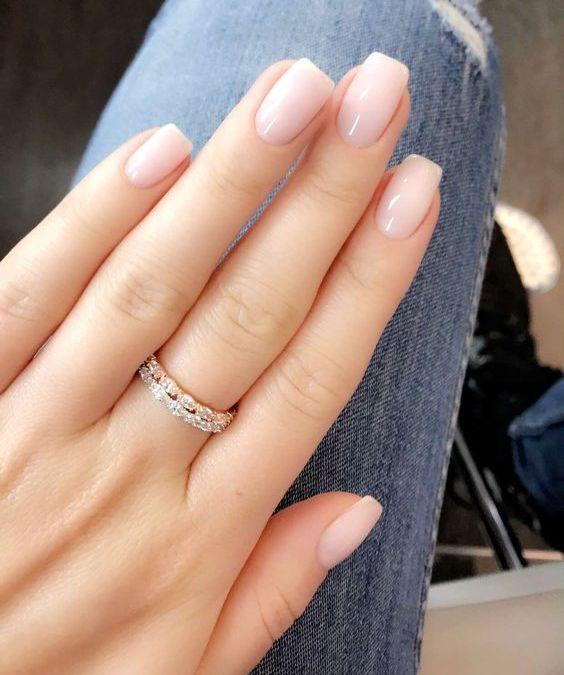 40+ Elegant Look Bridal Nail Art Ideas | Bride nails ...
