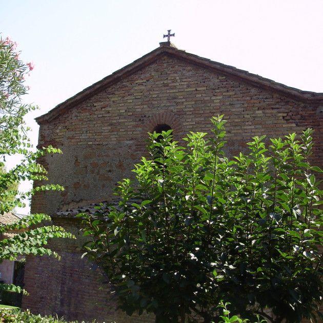 Catacombe di S. Callisto. La facciata posteriore con l'abside centrale