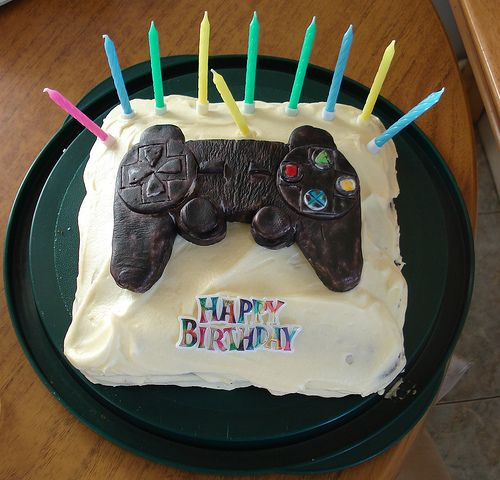 Video Game Cake Jem Cakepinscom My Boys Would LoVe Pinterest - Video game birthday cake