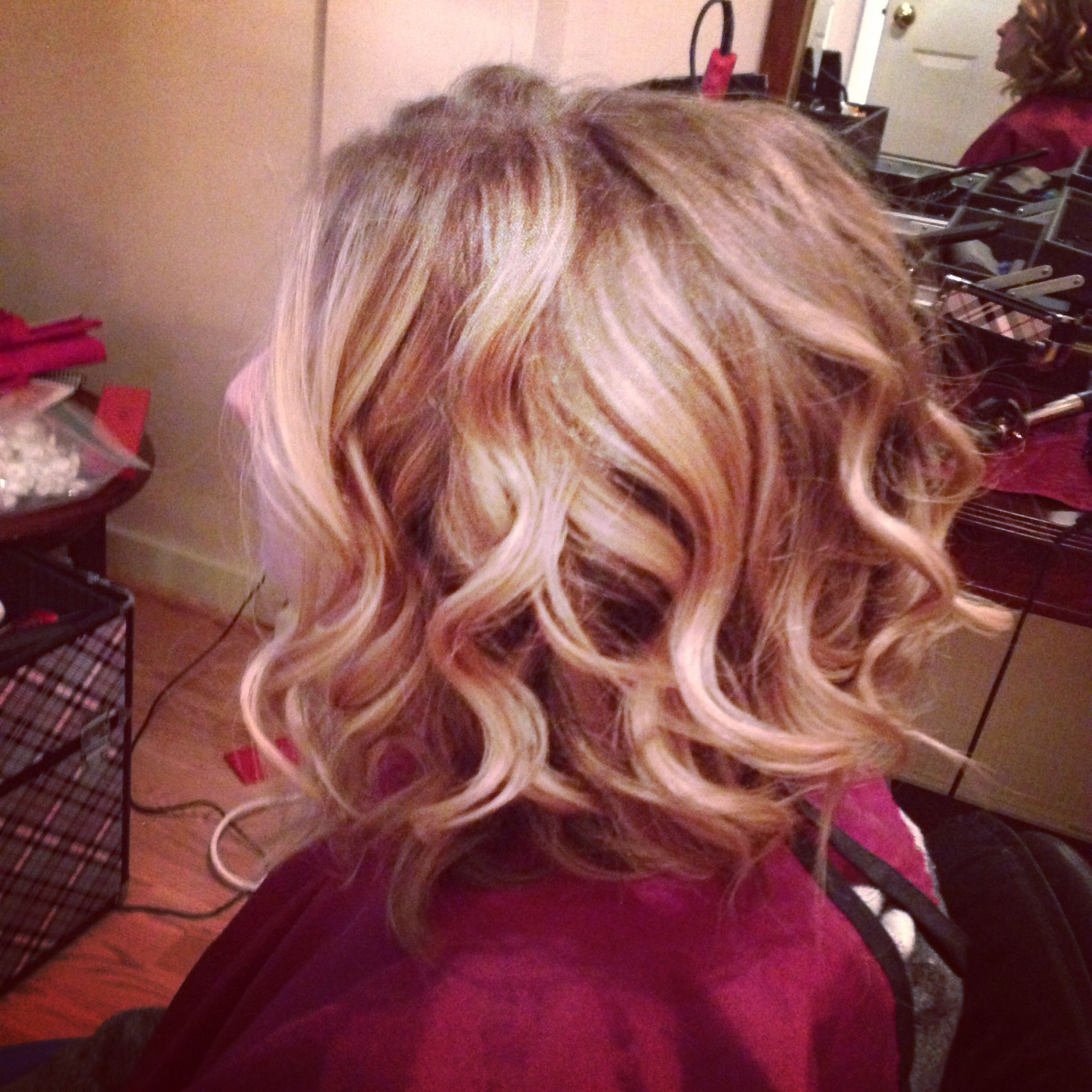 Loose Curls. Wavy Hair. Styles For Short Hair. Styles For