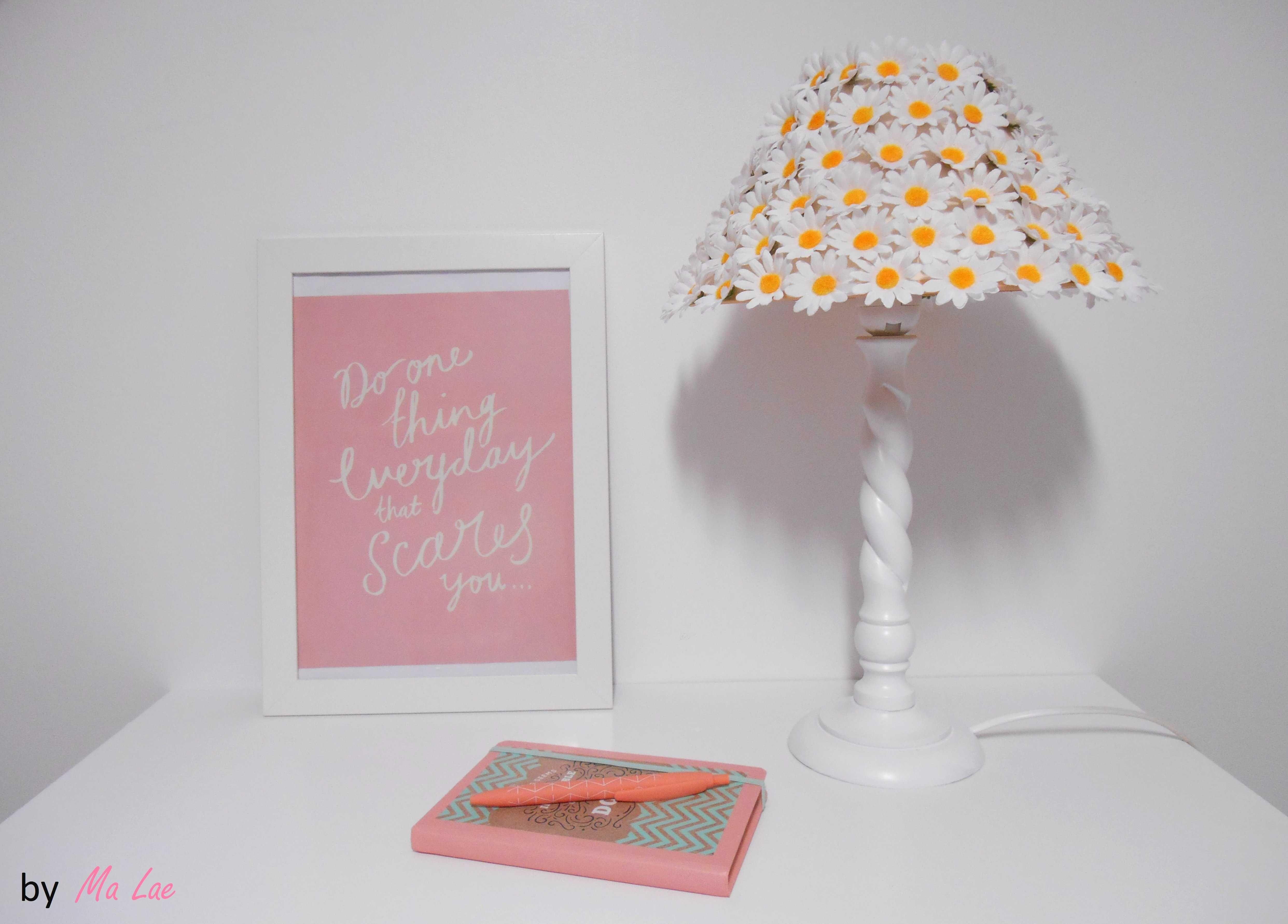 DIY tuto Printemps Une lampe de chevet fleurie