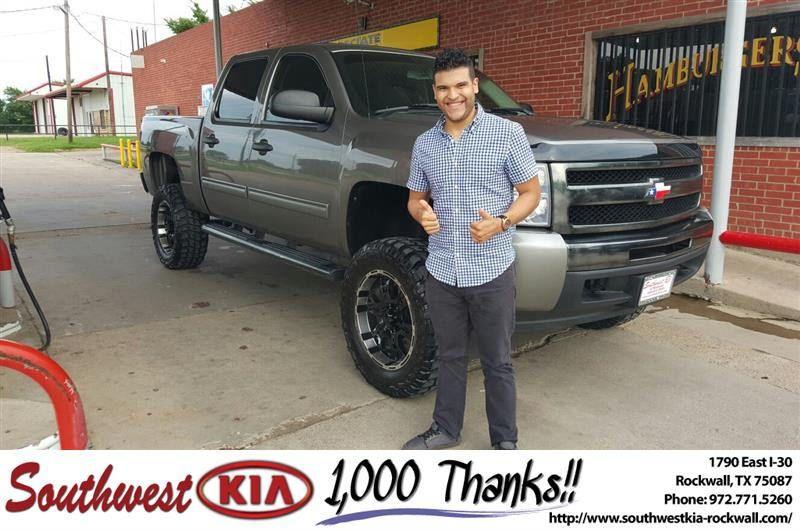 https://flic.kr/p/GWBuC9 | Happy Anniversary to Everaldo on your #Chevrolet #Silverado 1500 from Mauricio Pena at Southwest KIA Rockwall! | deliverymaxx.com/DealerReviews.aspx?DealerCode=TYEE