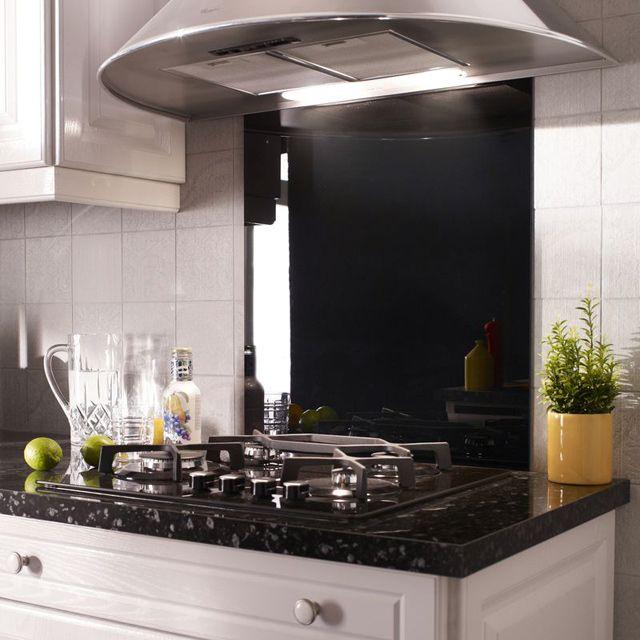 cr dence en verre noir 60 x 70 cm cr dence credence. Black Bedroom Furniture Sets. Home Design Ideas