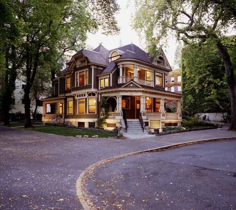 I Loved This House For Many Years. When I Returned To Oregon It Was Falling