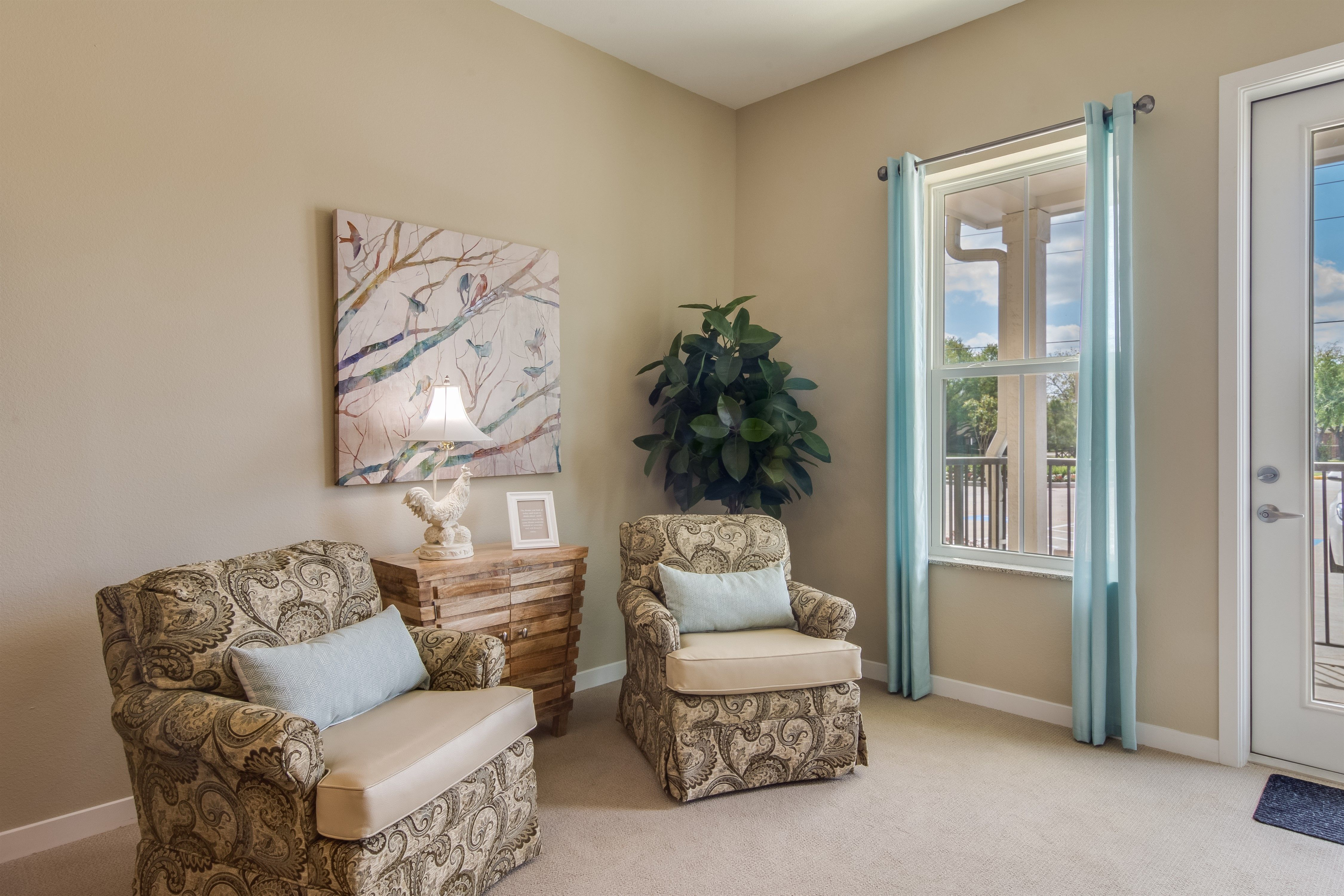 Styling Your New Senior Apartment Keep It Simple Like Park Creek Independent Living Cypress Texas Senior Living Communities Stylish Apartment Senior Living