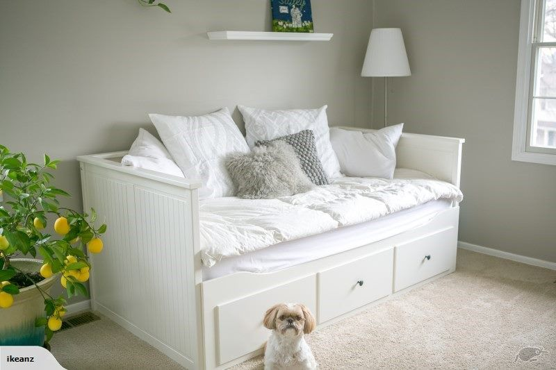 ikea hemnes day bed frame with 3 drawers white trade me. Black Bedroom Furniture Sets. Home Design Ideas
