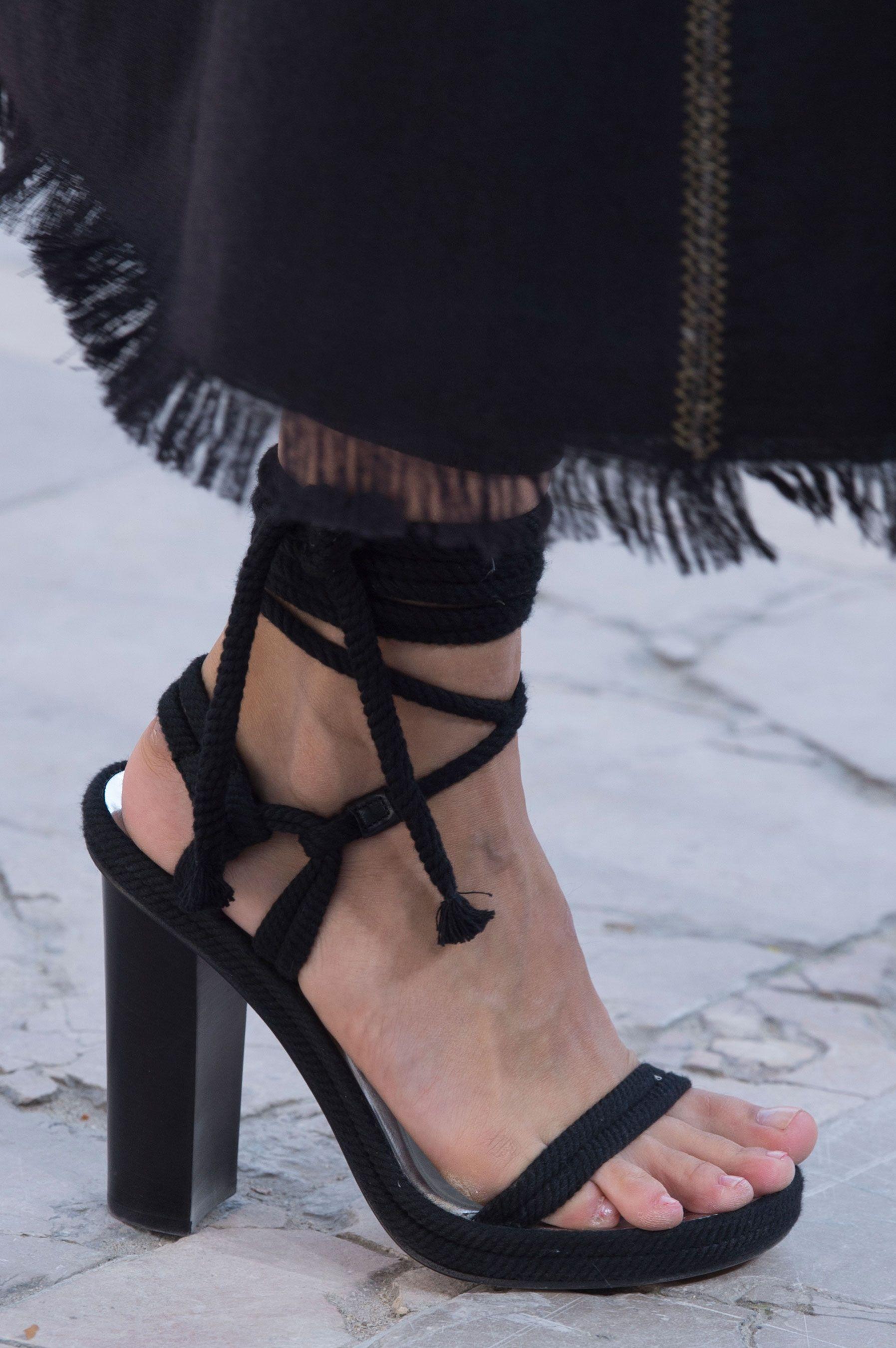 Sandalias Spotlight Shoes Paris Negro The From Best Week Fashion zxw0z7