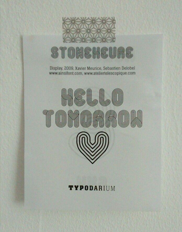 "Font ""Stone Heure"" / Typodarium www.ainsifont.com"