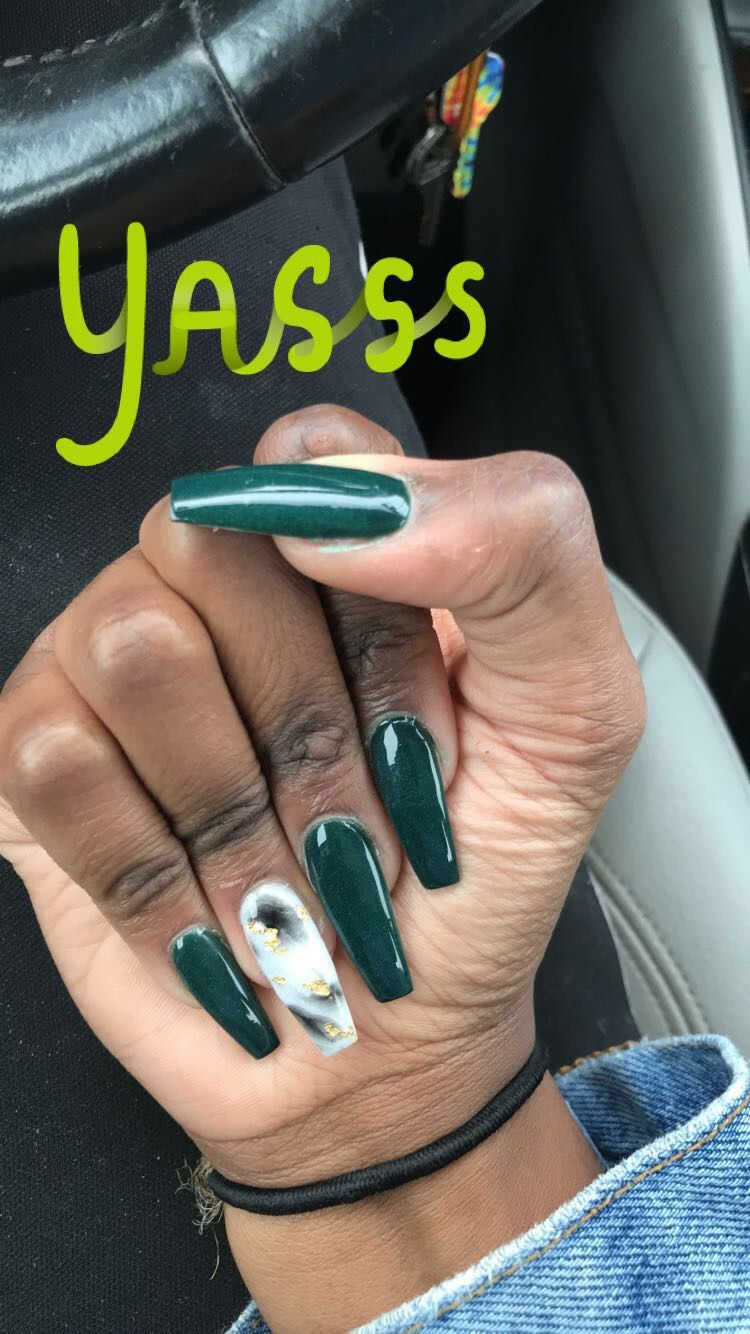 Pin Swisz Emerald Green Green Acrylic Nails Green Nail Designs Green Nails