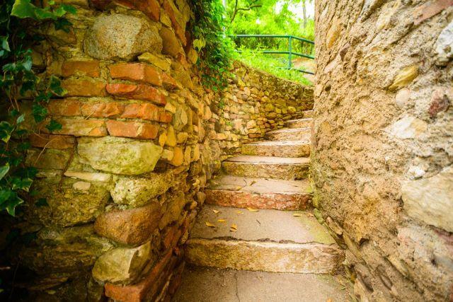 95 Stunning Retaining Wall Ideas | Retaining walls, Landscaping ...