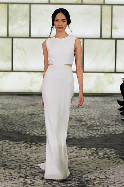 "#Wedding Gown Trends 2015 - ""Crop Top"" from Rivini 2015年のウェディングドレスのトレンド、注目度ナンバーワンの「クロップトップ」は今シーズンも健在。各ブランドが続々と新作を発表しています。"