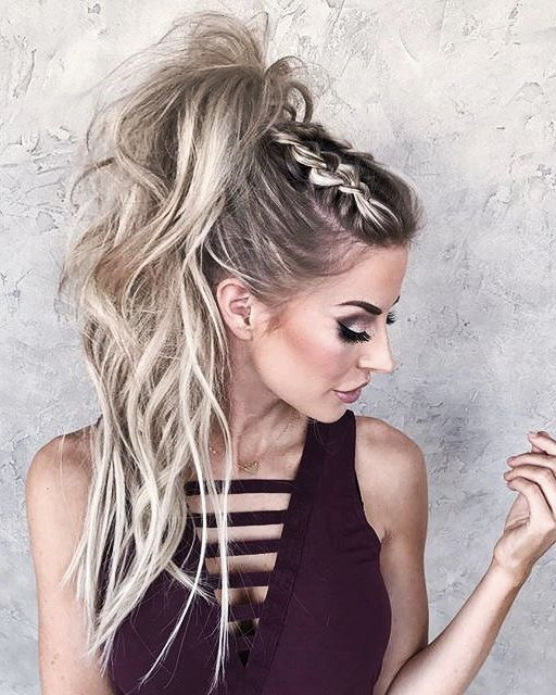 High Messy Pony With Braids Hair Styles Ponytail Styles Cute Ponytail Styles