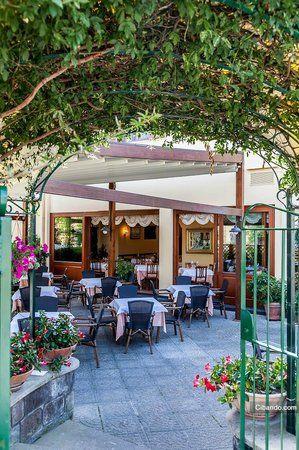 Lo Stuzzichino, Sorrento, Italy saw on Giada order the
