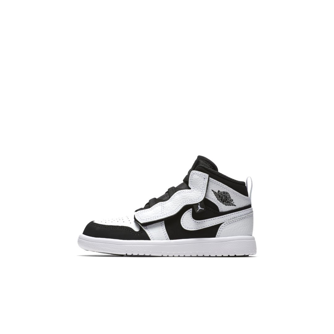 new products 9ad3f def6a Air Jordan 1 Mid Alt Infant/Toddler Shoe Size 5C (White)