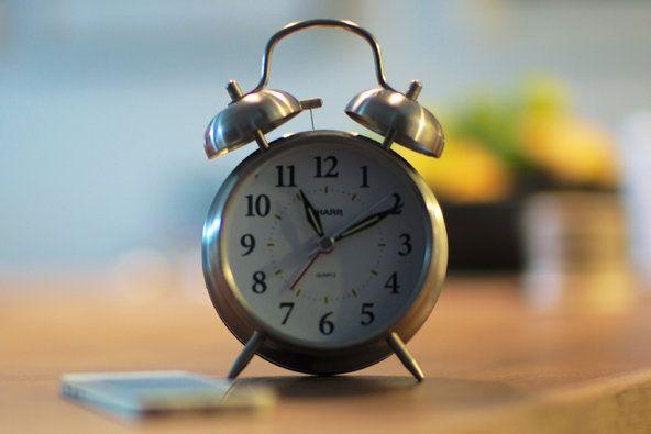 5 Alarm Clocks For Light Sleepers, Couples, Snoozers And Tetris Lovers | Alarm  Clocks, Clocks And Traditional Alarm Clocks