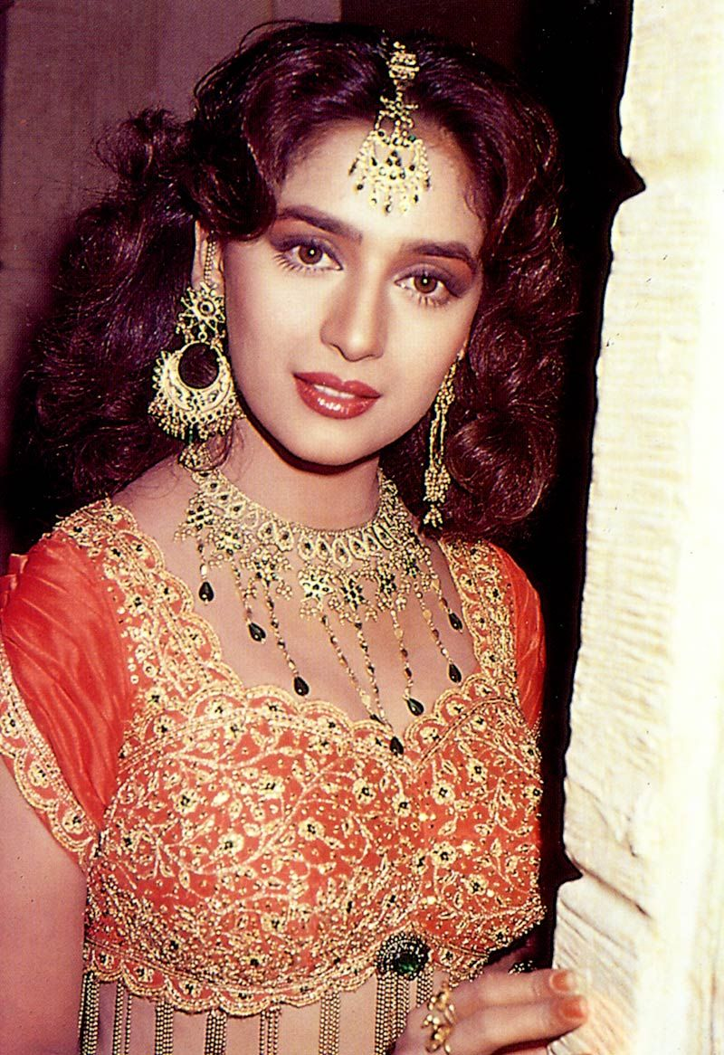 madhuri dixit hair style hairstyle of madhuri dixit fade haircut 7730
